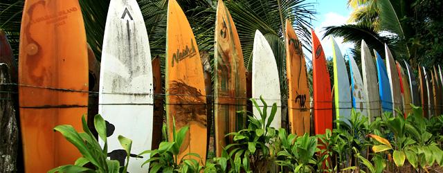 Aprenda a surfar em Itacaré/BA